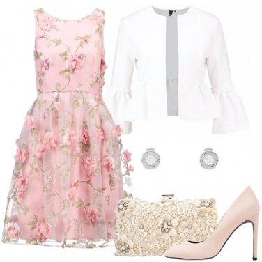 Outfit Fiori ovunque