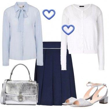 Outfit Una collegiale moderna