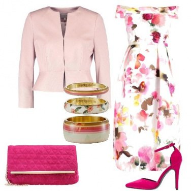 Outfit Auguri in rosa