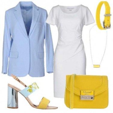 Outfit Sobria ma colorata