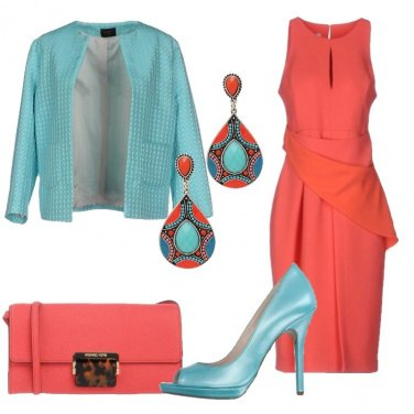 Outfit Chic in corallo e turchese