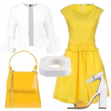 Outfit Bon ton bianco e giallo