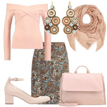 Outfit Delicata fantasia