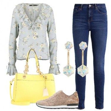 Outfit Trendy con un po\' di fiori
