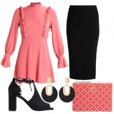 Outfit Un rosa particolare e nero