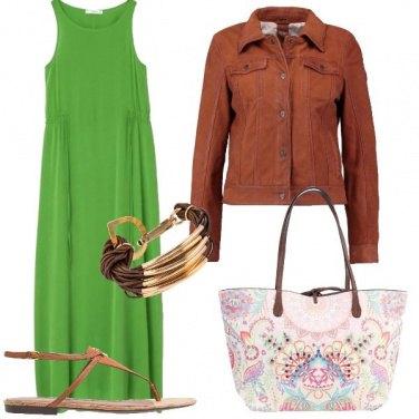 Outfit Infradito e vestito lungo