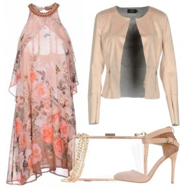 Outfit Femminile in rosa