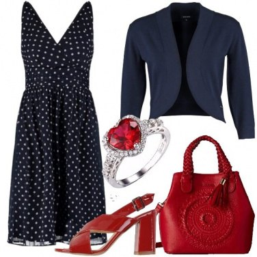 Outfit Pois e un cuore rosso