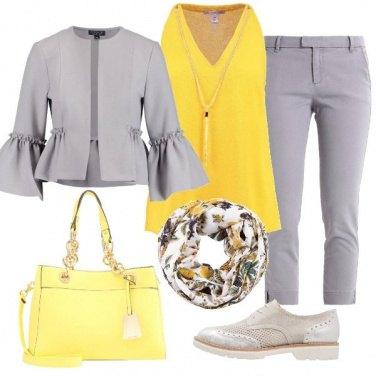 Outfit La giacca con maniche a campana