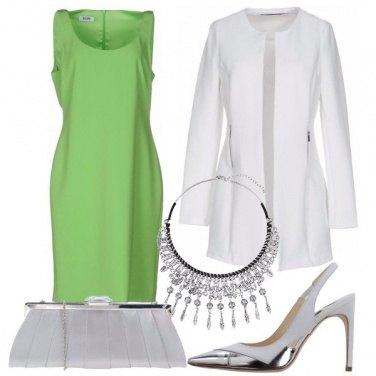 Outfit Il tubino verde prato