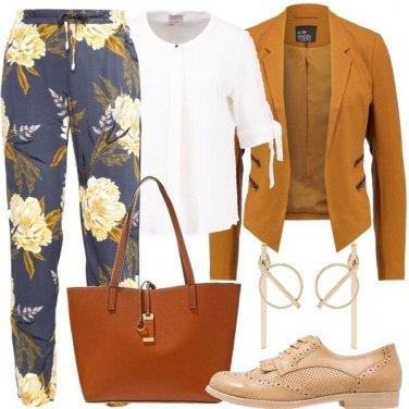 Outfit Un tailleur diverso dal solito