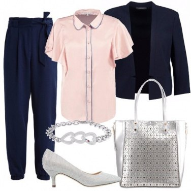 Outfit Il tailleur blu