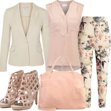 Outfit Oggi in tailleur