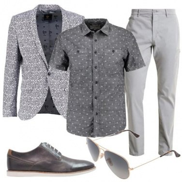 Outfit Mix and match soft in grigio