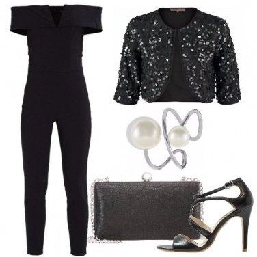 Outfit Stasera scelgo il nero
