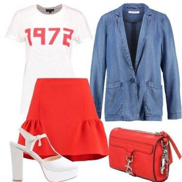 Outfit Minigonna e T-shirt