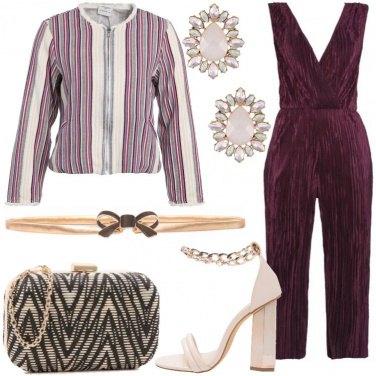Outfit Chic con dettagli oro