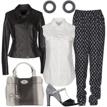 Outfit Shopping in grigio
