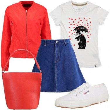 Outfit Cuori sulla t-shirt
