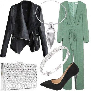 Outfit Jumpsuit e accessori argentati