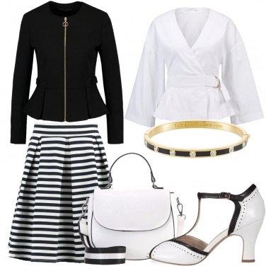 Outfit Con le righe in bianco e nero