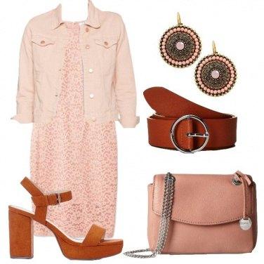 Outfit Quasi monocolore