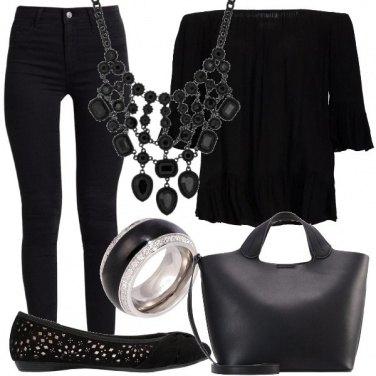 Outfit Dark nel cuore