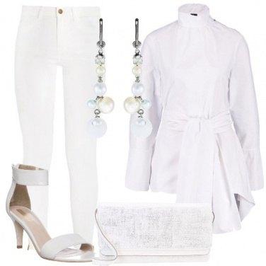 Outfit Una tunica dal taglio particolare