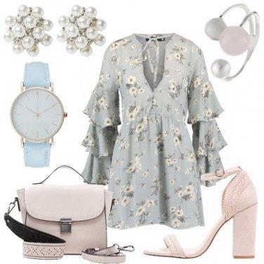 Outfit Perle e fiori