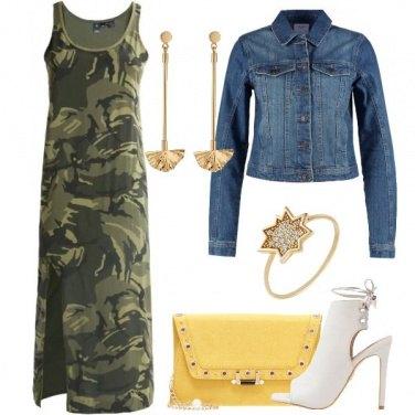 Outfit Mai senza gioielli