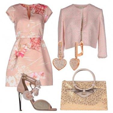 Outfit Romantica invitata