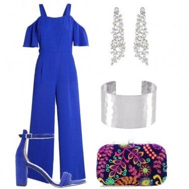 Outfit Colore nella clutch