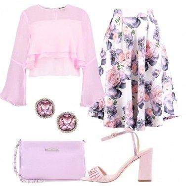 Outfit Romantica nel cuore