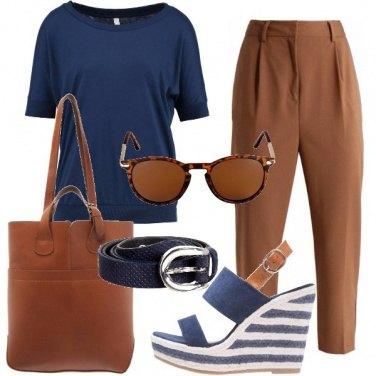 Outfit Sandalo con zeppa