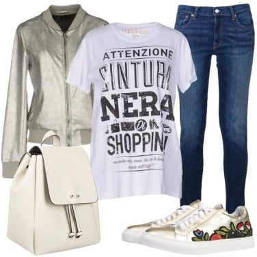 Outfit T-shirt che parla