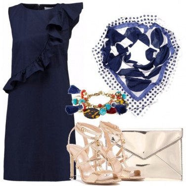 Outfit Blu e dorato