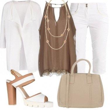Outfit Pantaloni capri