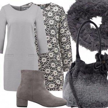 Outfit Bella e con stile in tacco basso