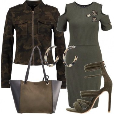 Outfit Militare in versione sexy