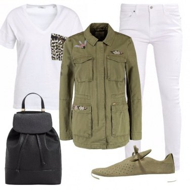 Outfit Tendenza verde militare