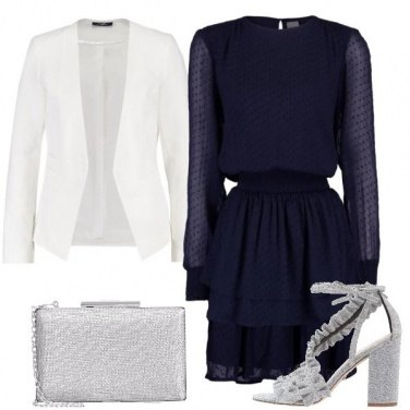 Outfit Bianco blu e argento