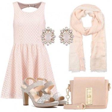 Outfit Elegantemente economica
