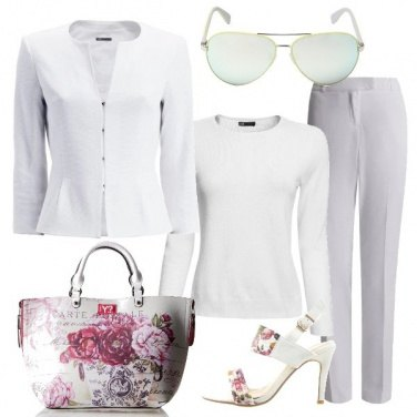 Outfit Uno sguardo in bianco