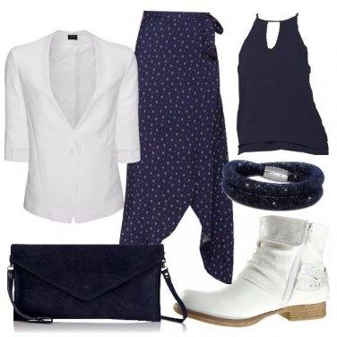Outfit Ufficio in bianco e blu