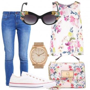 Outfit Sguardo fiorito