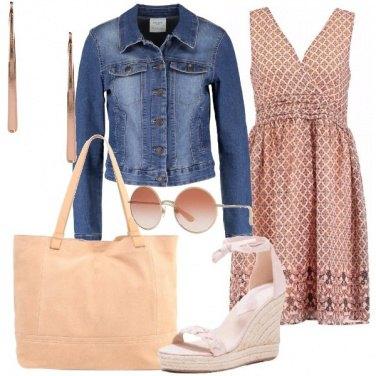 Outfit Casual con mini abito