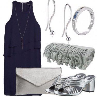 Outfit Blu e tanto argento