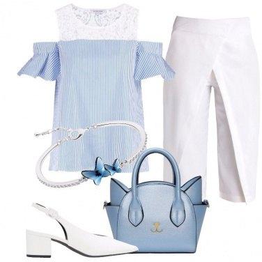 Outfit Blu cielo e bianco
