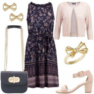 Outfit Fiori e fiocchetti