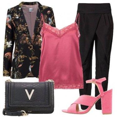 Outfit Con pizzo e fiori